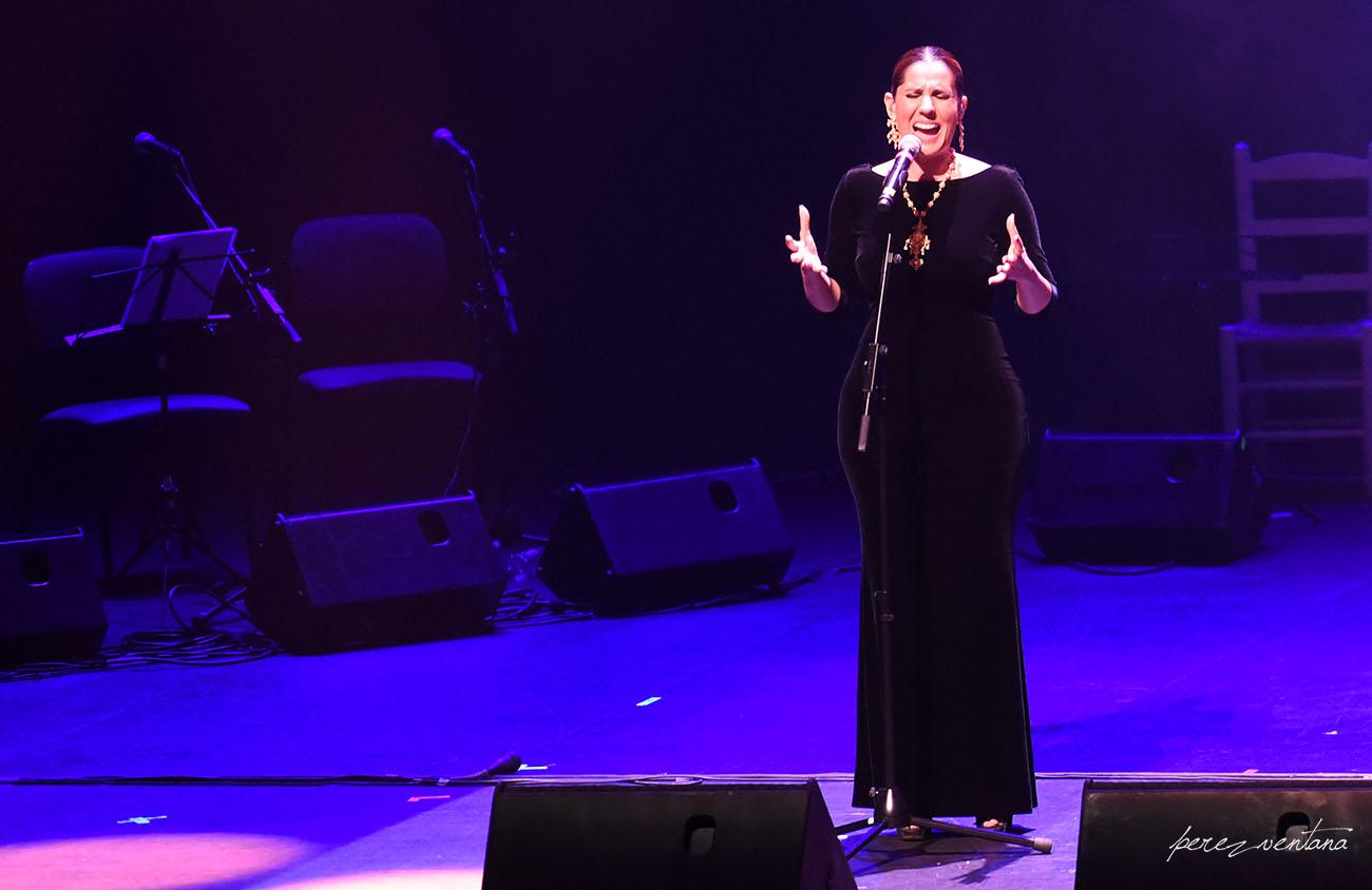 Diana Navarro. Homenaje a El Lebrijano, 'Un gitano universal'. Cartuja Center Cite. Foto: Quico Pérez-Ventana