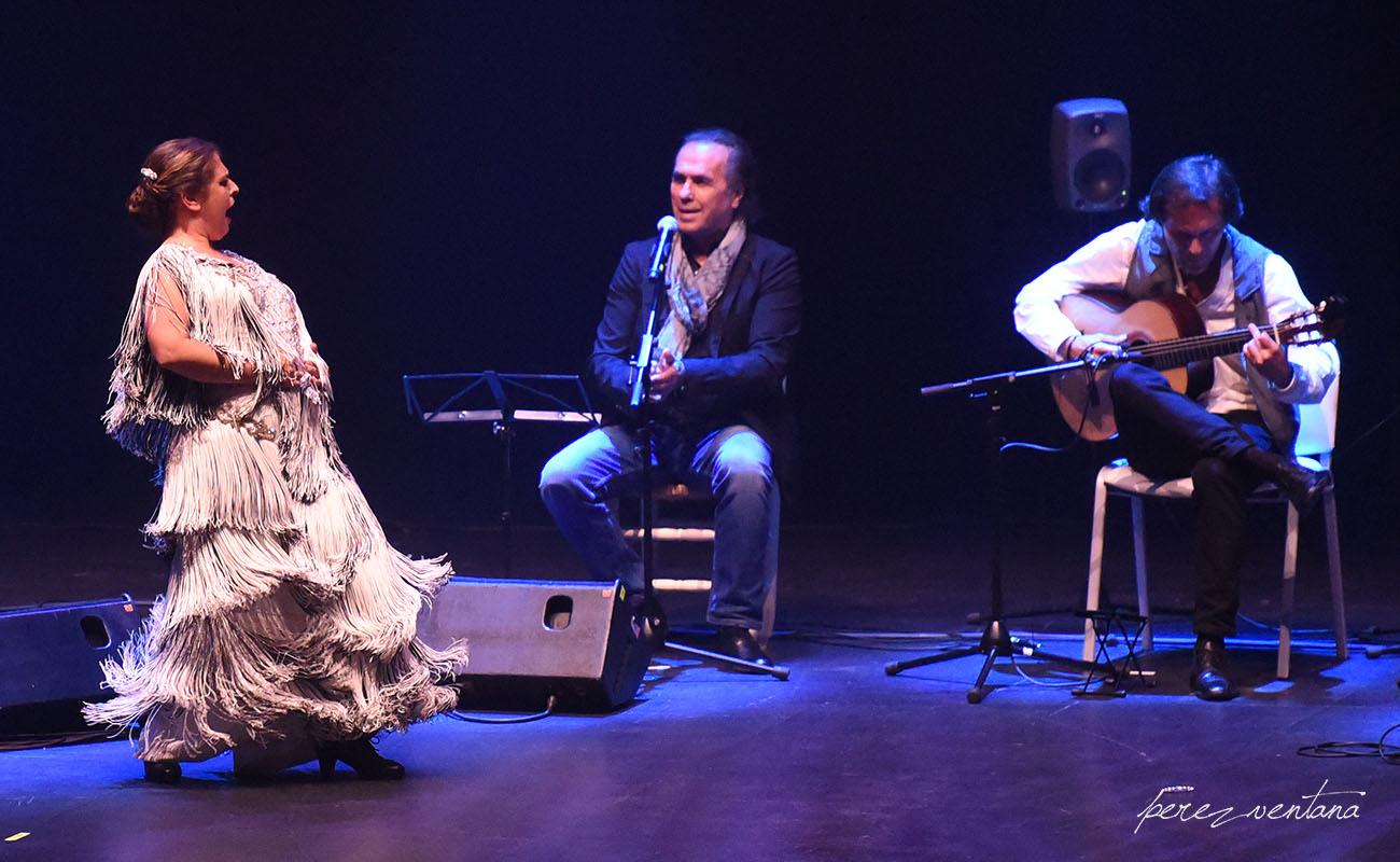 Pastora Galván, Pepe de Lucía y Pedro María Peña. Homenaje a El Lebrijano, 'Un gitano universal'. Cartuja Center Cite. Foto: Quico Pérez-Ventana