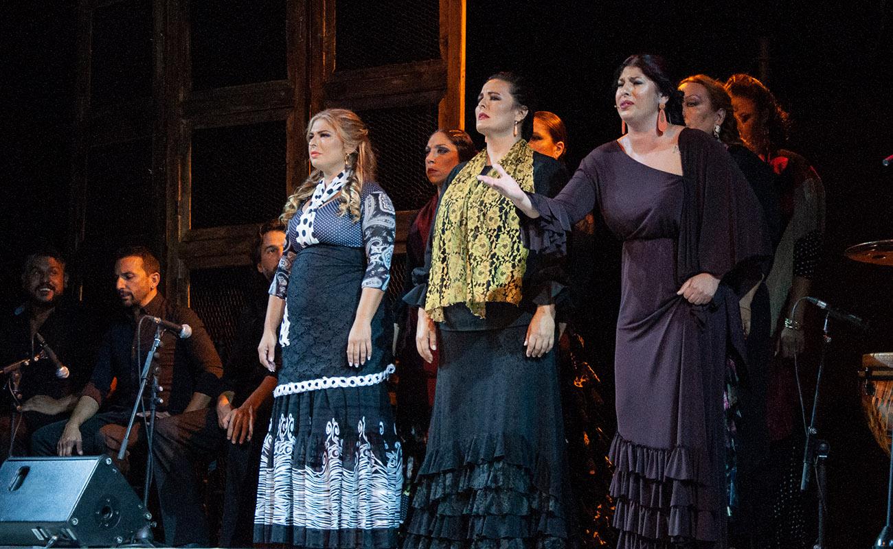 Pastora Galván, María del Mar Moreno y Saira Malena. 'Mujeres de cal y cante'. 52ª Fiesta de la bulería de Jerez. Foto: Manu García