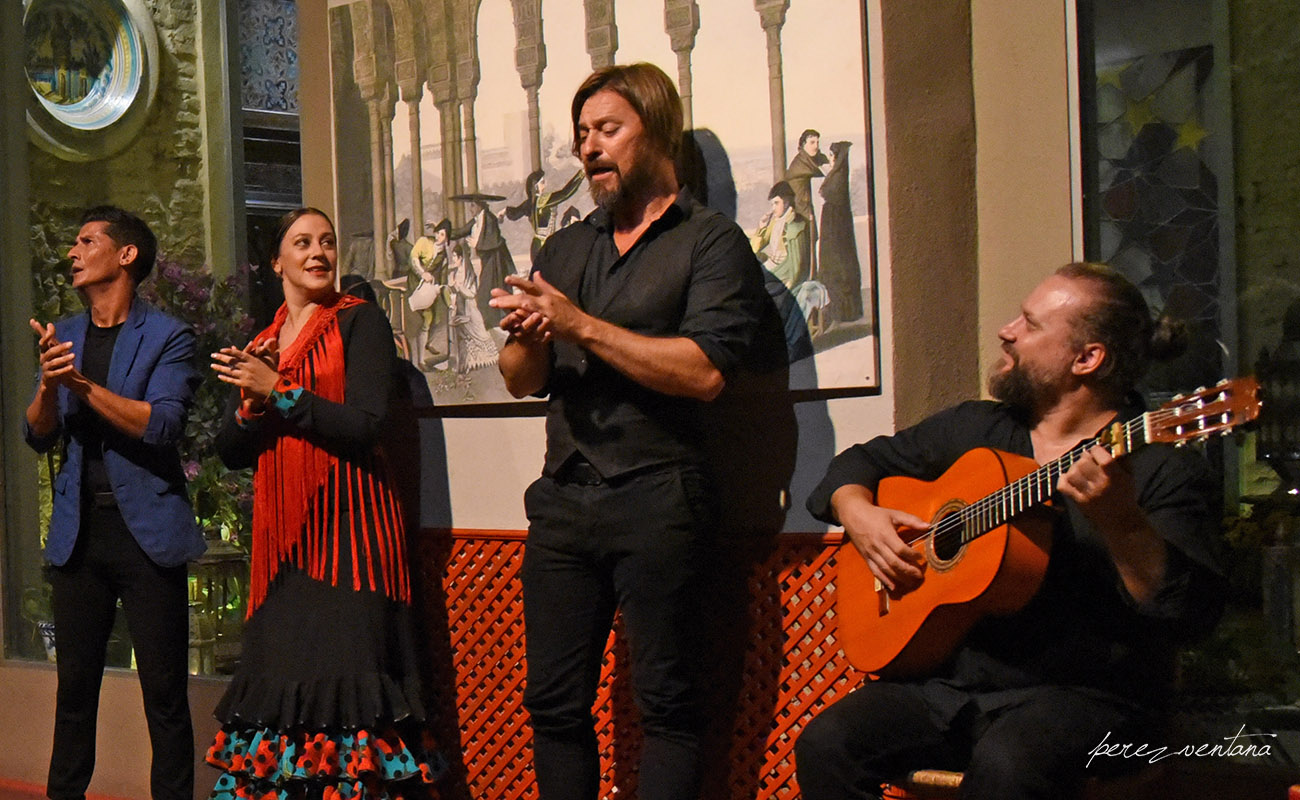 Al cante, Javier Rivera. Semblanza Flamenca. Casa de la Memoria, Sevilla. Foto: Quico Pérez-Ventana
