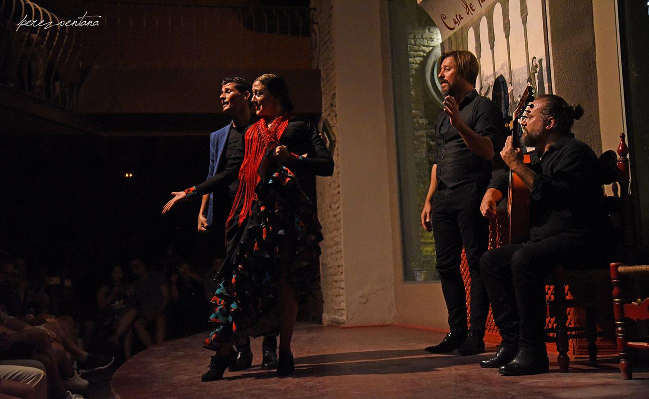 Los bailaores Rafael Campallo y Asunción Pérez Choni. Semblanza Flamenca. Casa de la Memoria, Sevilla. Foto: Quico Pérez-Ventana