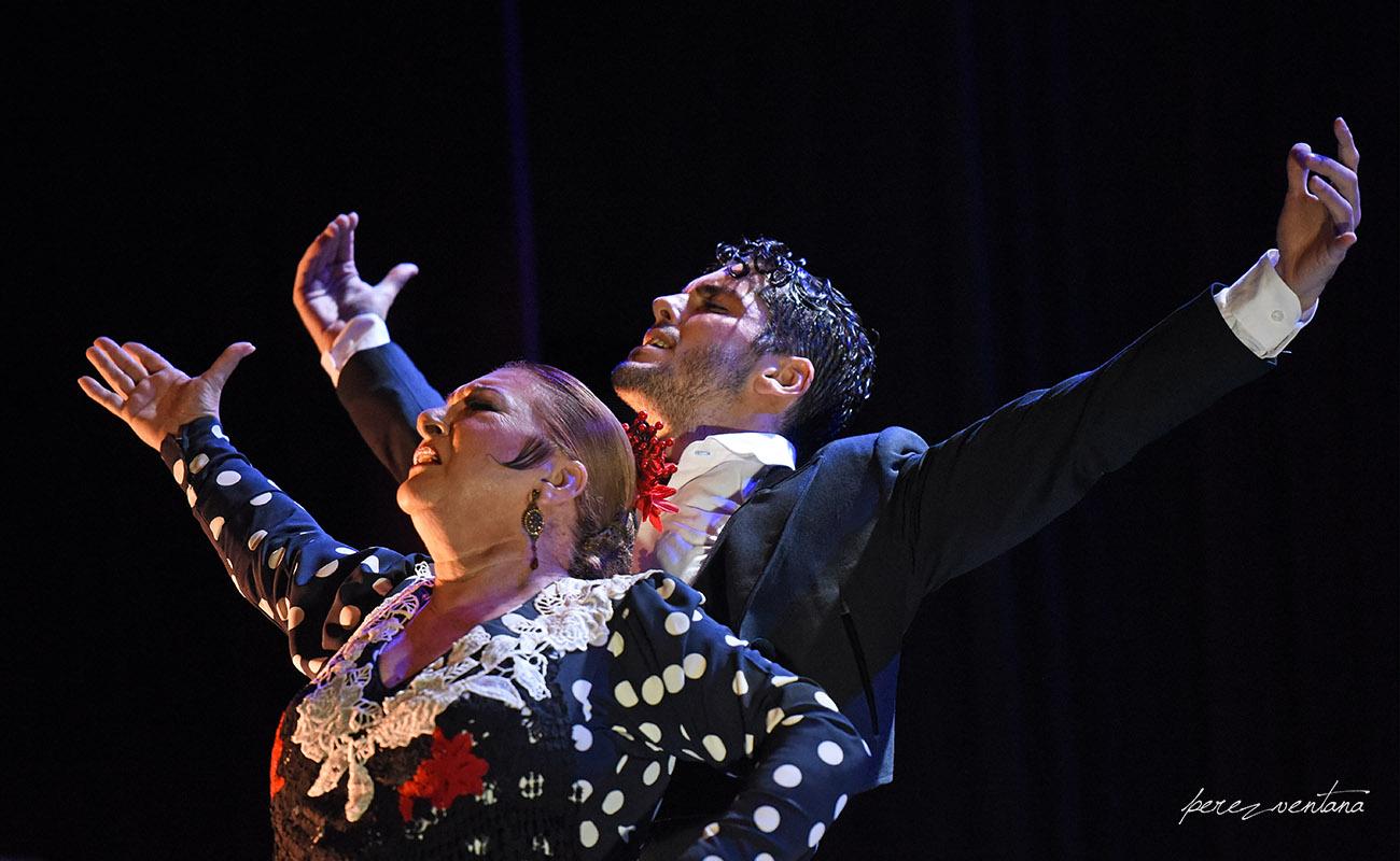 Alberto Sellés y Milagros Mengíbar. Espectáculo «Once». Jueves Flamencos de Cajasol. Sala Chicarreros, Sevilla. Foto: perezventana