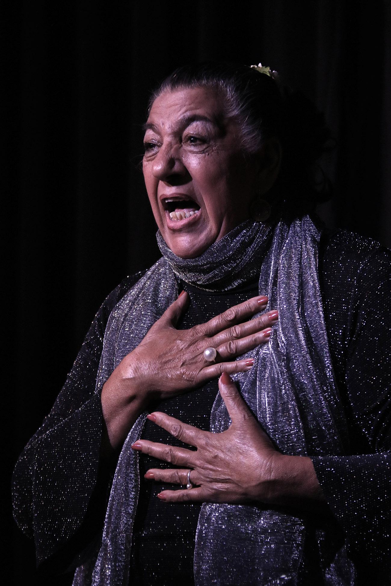 La cantaora Juana la del Pipa. Sala García Lorca, Fundación Casa Patas (Madrid). 23 nov 2019. Foto: Vicente Pachón