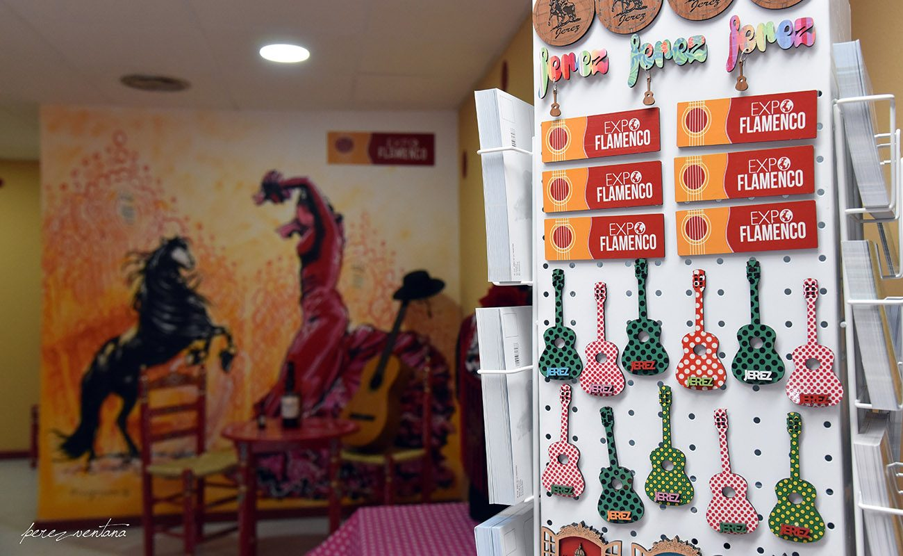 Nueva tienda ExpoFlamenco en la calle Corredera 2 de Jerez de la Frontera.