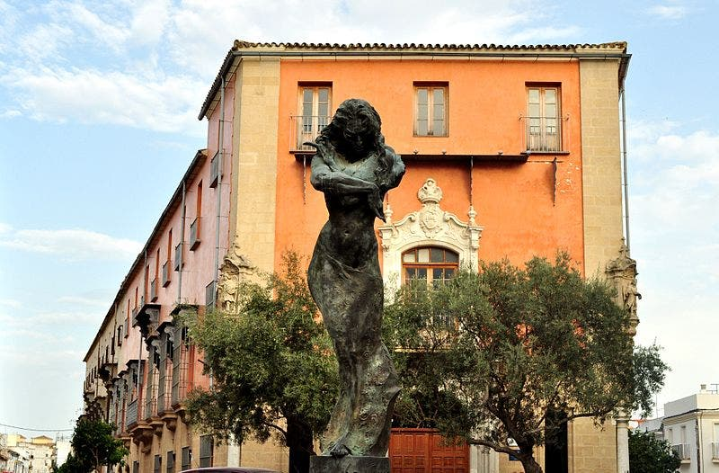 Monument honoring Lola Flores. Jerez Flamenco Route.