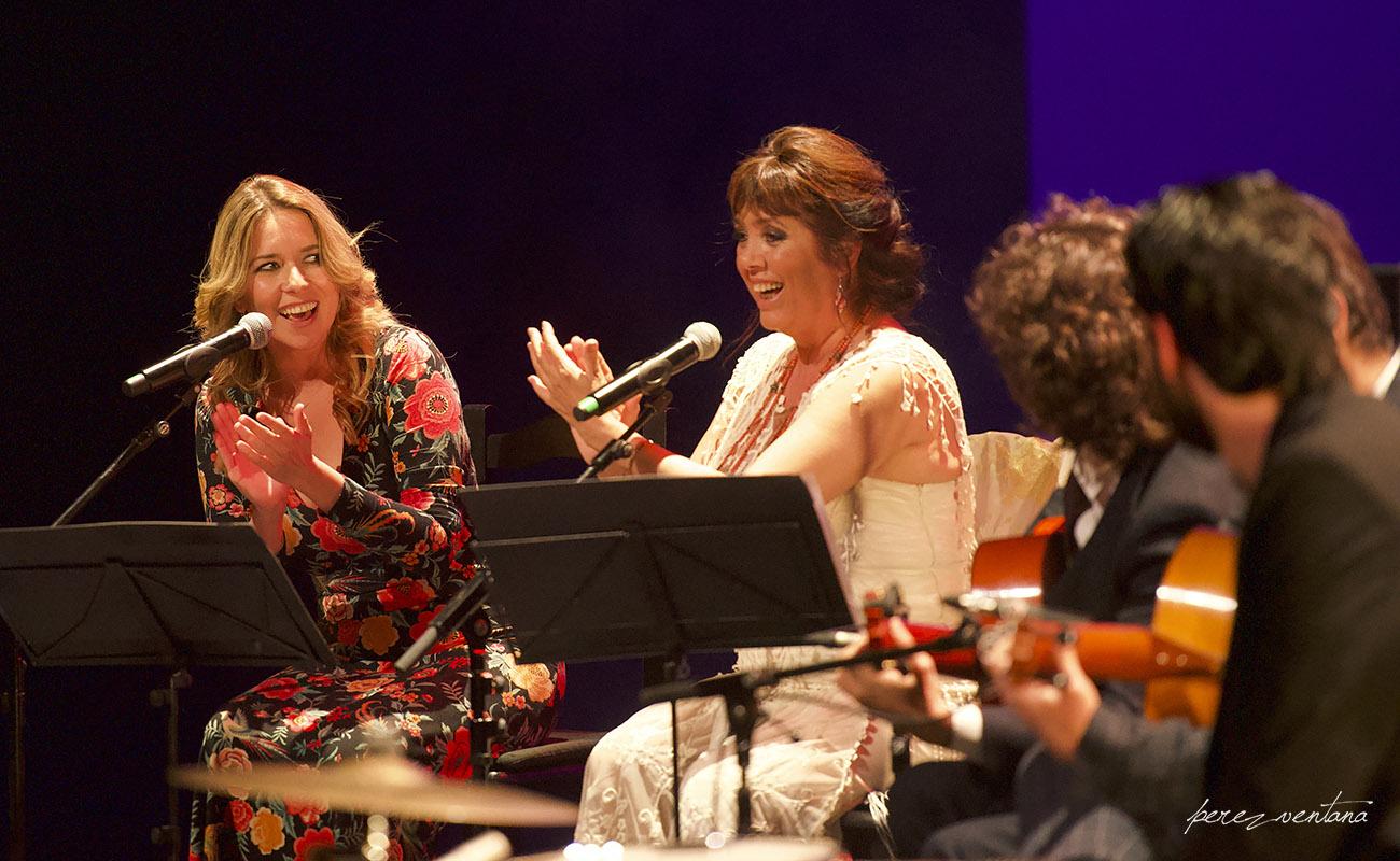 Dueto con Rocío Márquez. Homenaje a Lole Montoya. Cartuja Center, Sevilla. 8 marzo 2020. Foto: perezventana