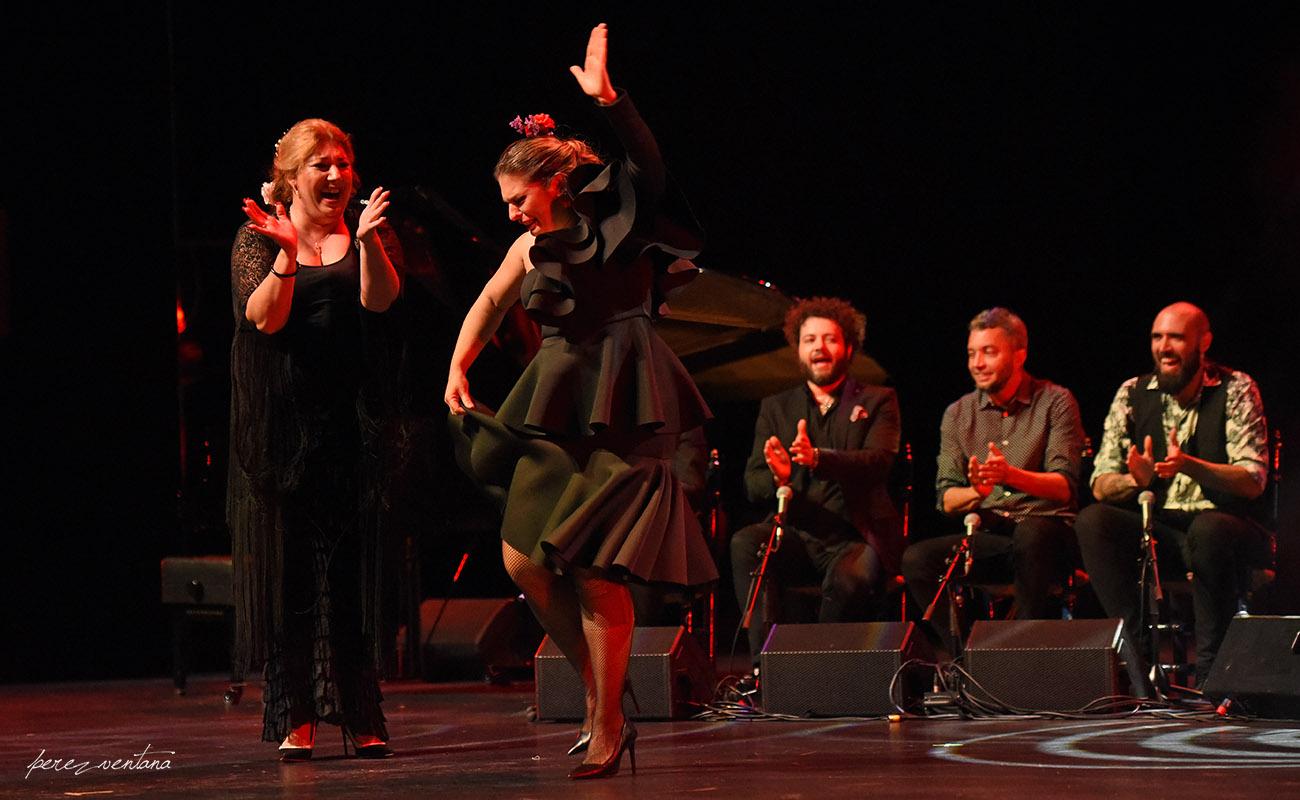Pastora Galván y Mara Rey. Homenaje a Lole Montoya. Cartuja Center, Sevilla. 8 marzo 2020. Foto: perezventana