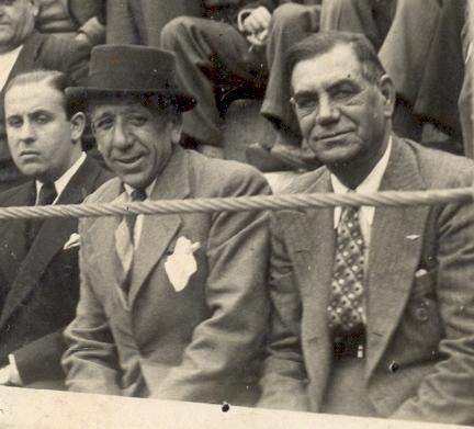 Joaquín Cagancho y su hermano el Rubio Cagancho en la Plaza de Toros.