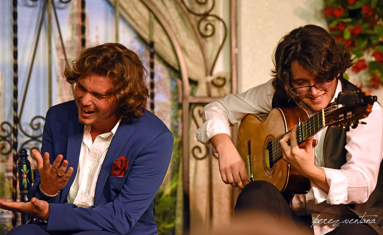 Manuel de la Tomasa y David de Arahal. Peña Flamenca Torres Macarena. 13 jun 2020. Foto: perezventana