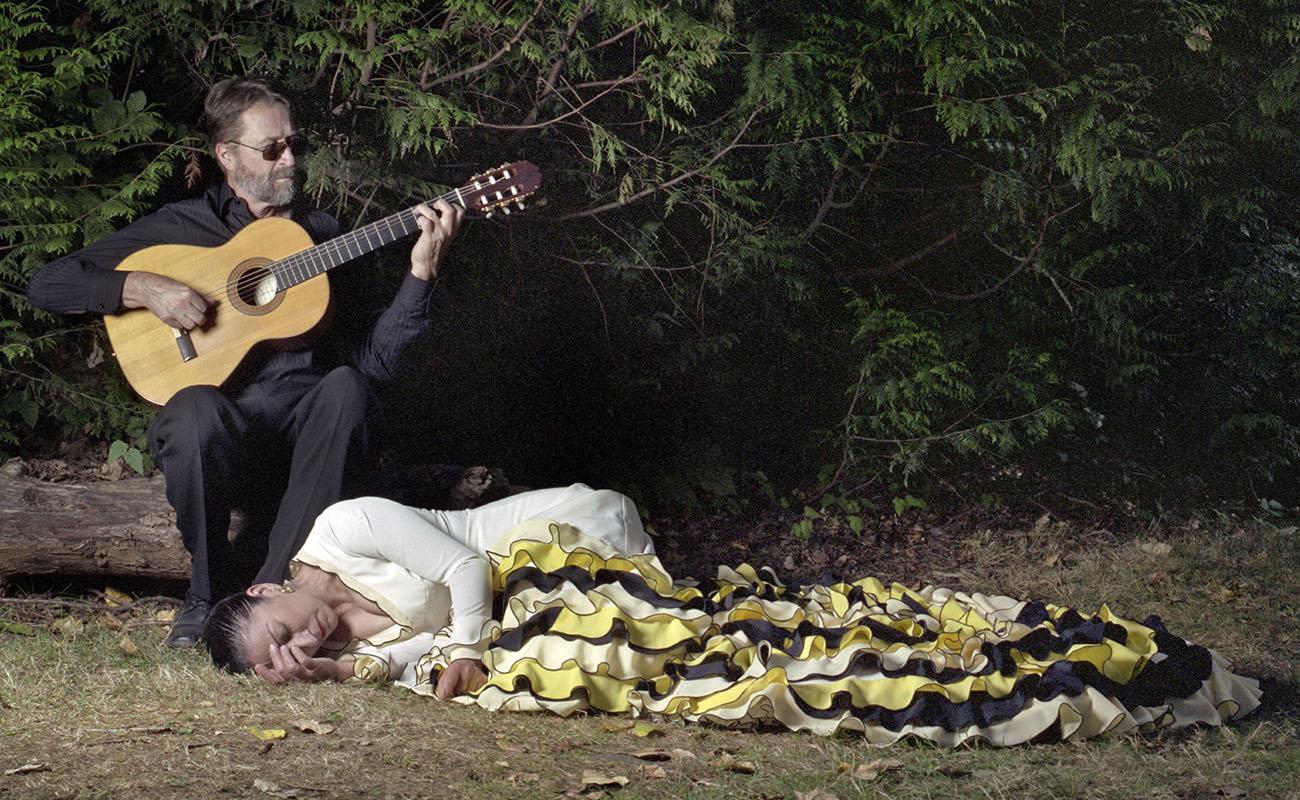 Rosario Ancer y Victor Kolstee en la obra «La monarca», 2013. Photo by VNB.
