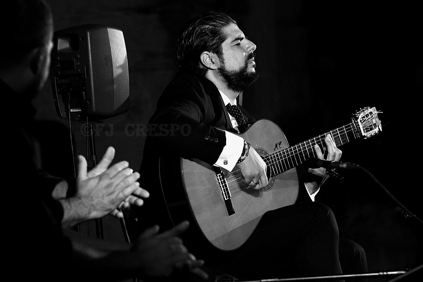 Recital de Manuel Valencia. XXX Noches de La Plazuela. Claustros de Santo Domingo, Jerez. 12 sep 2020. Foto: FJ Crespo